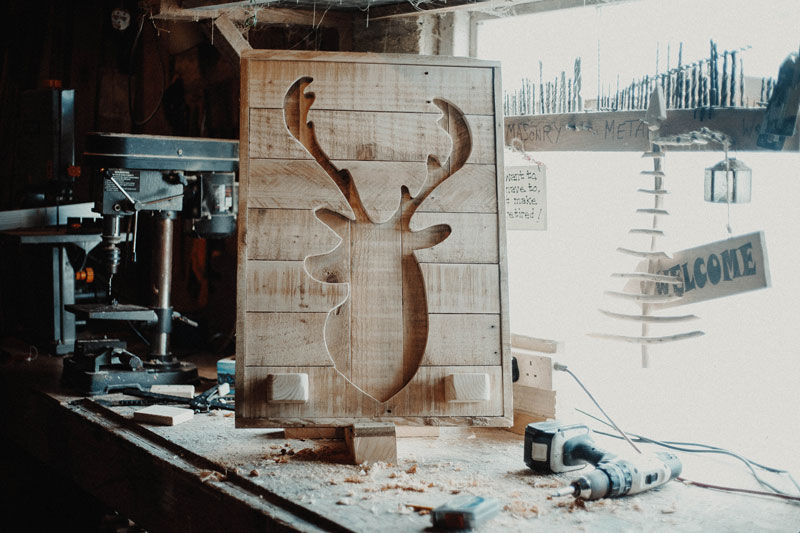 reindeer-wall-ornament